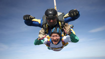 Fundraising – Auntie Pamela's Skydive