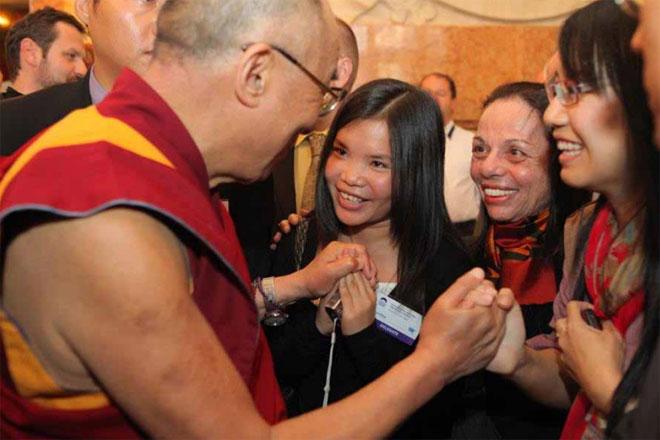 Dalai-Lama-and-Zoya-Phan