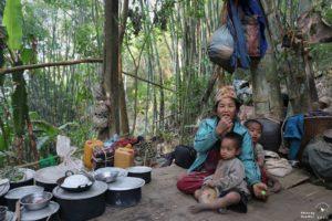 IDP women and children are still hiding in the jungle_